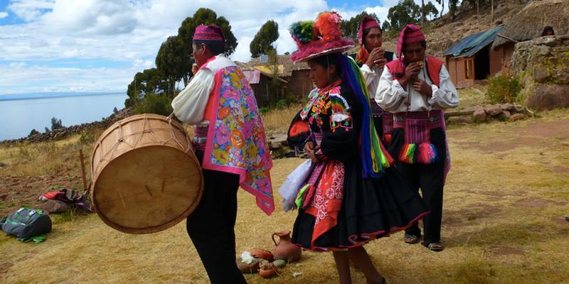 Ceremony - Peru Quechuas Lodge Ollantaytambo 600x400