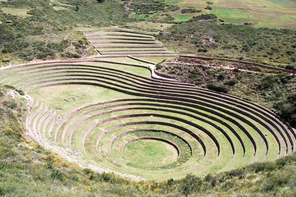 Moray - Peru Quechuas Lodge Ollantaytambo 600x400