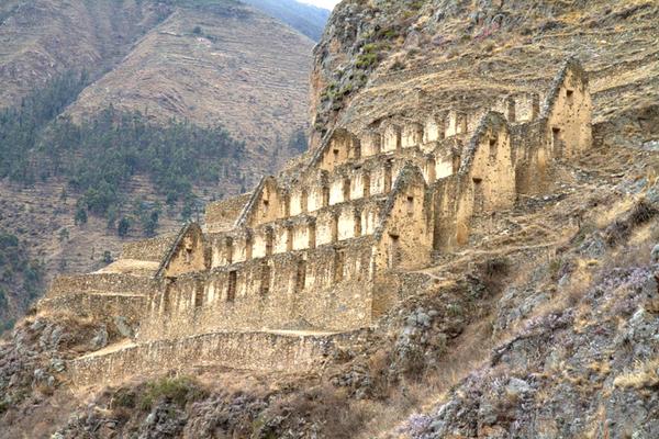 Ollantaytambo - Peru Quechuas Lodge Ollantaytambo 600x400
