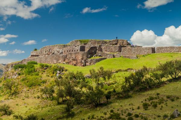 Puka Pukara - Peru Quechuas Lodge Ollantaytambo 600x400