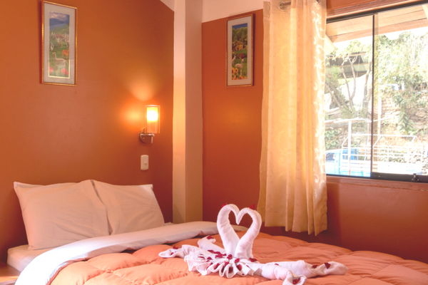 Rooms & Prices - Peru Quechuas Lodge Ollantaytambo 600x400