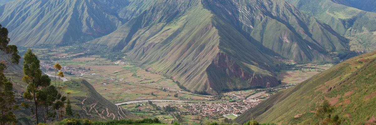 Sacred Valley Tour 01 - Peru Quechuas Lodge 1200x400